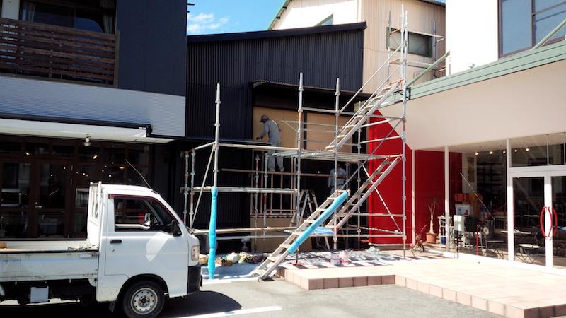 店舗改装工事がスタート