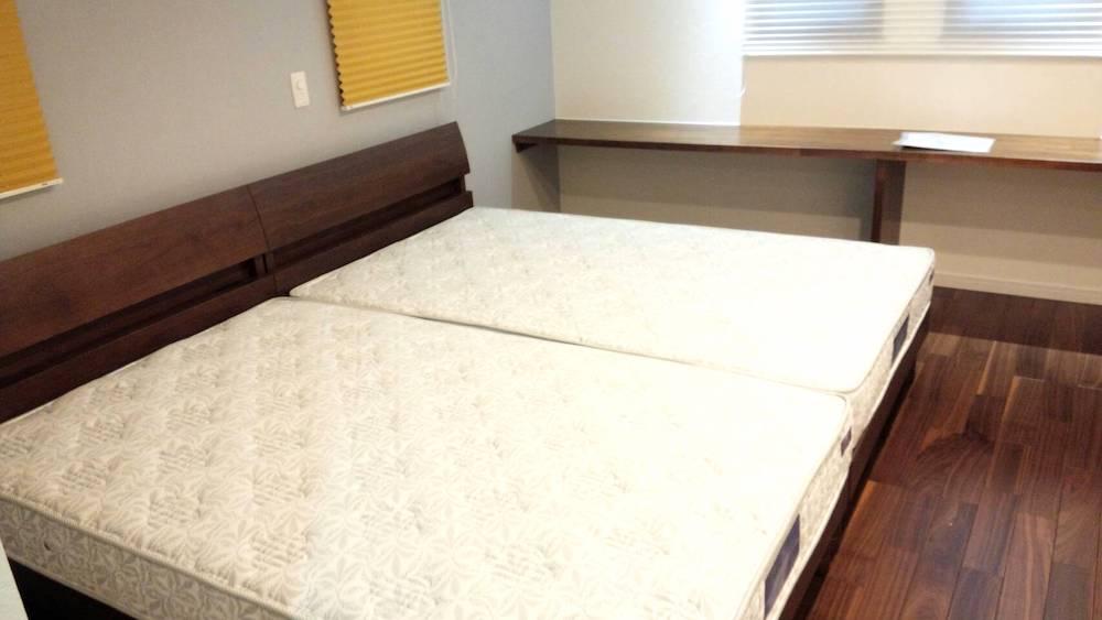 笛吹市K様邸へソファー、ダイニングセット、ベッドを納品させていただきました。