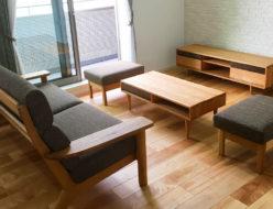 お客様へ家具を納品させていただきました。
